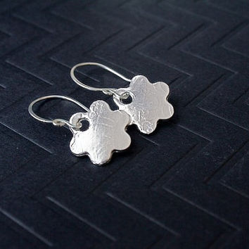Silver Flower earrings, small drop earrings,