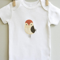 Baby bodysuit featuring adorable Owl size 3 months - 12 months