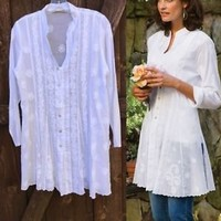Soft Surroundings WHITE Embroidery Bohemian Tunic Top Sz Small