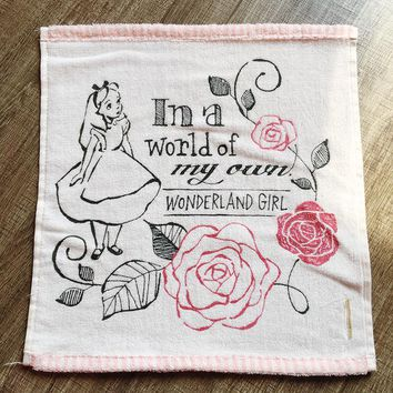 Cartoon Alice In Wonderland Mad Hatter White Rabbit Cute Children Girl Pink Face Towel Gift 34cm*34cm