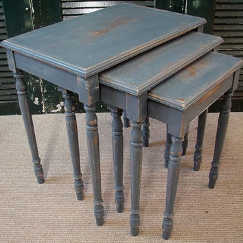 Antique Primitive Country Heavy Distressed Chippy Gray Putty Mud Milk Painted Nesting Side Accent Table Tables (MLD) Ships FedEx