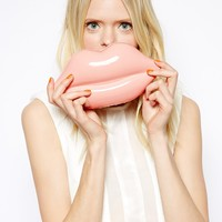 Lulu Guiness Lips Clutch in Light Pink - Pink