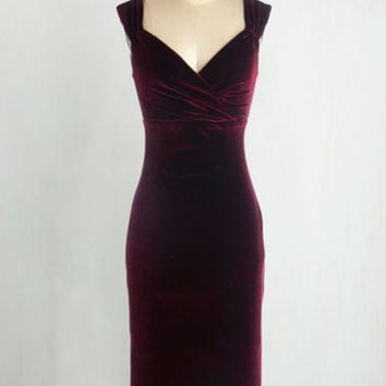 Pinup Long Sleeveless Bodycon Lady Love Song Dress in Merlot Velvet