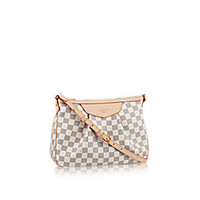 Products by Louis Vuitton: Siracusa PM