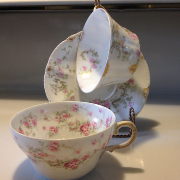 Antique Theodore Haviland Limoges France Mismatched Teacups and Saucer Patent Applied For 3 Pieces Early 1900s Victorian China