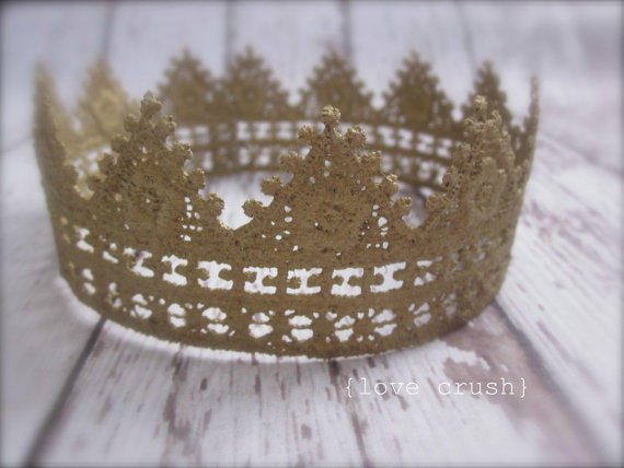HarmonyVintage Gold Lace Crown Photography by LoveCrushBowtique