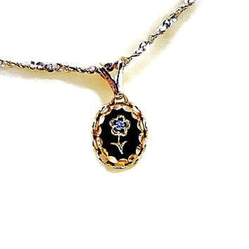 Black Glass with Etched Flower and Rhinestone Pendant Necklace Singapore Chain Signed NS Rolled Gold Silver Nickel in Goldtone