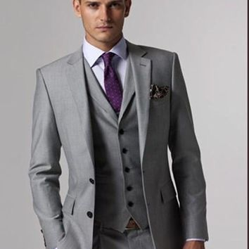 2016 Custom Made  Light Grey Men Suit Tailored Men Wedding Suits For Men Slim Fit Groom Tuxedos For Men(Jacket+Vest+Pant+Tie)