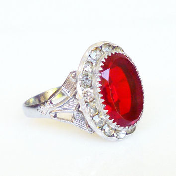 Art Deco Ring,  Cocktail Ring, Red Glass, Diamante Rhinestone, Silver Tone, Vintage Jewelry