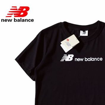 NB New Balance Tide brand classic men and women wild sports round neck short-sleeved T-shirt Black
