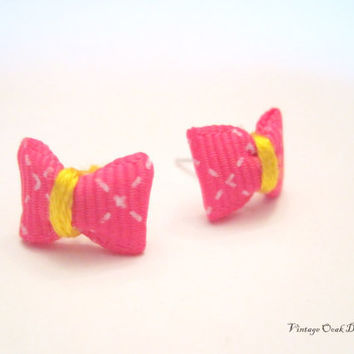 Bowtie Ribbon Earrings  Petite Lil' Bowties by VintageOoakDesigns
