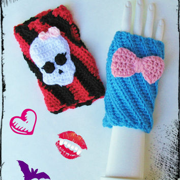 Monster High Wristwarmers, Texting Gloves, Fingerless Mitts, Ready to Ship