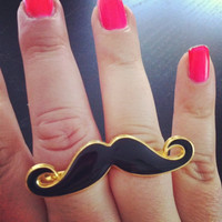 Moustache two fingers ring