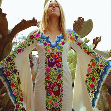 Wedding Dress Bohemian W Mexican Embroidery