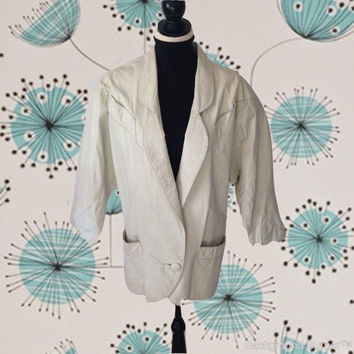 White Leather Jacket Berman's Vintage Blazer Coat 1970's Ladies Jacket Padded Shoulders Pockets 3/4 Length Sleeves Lapels