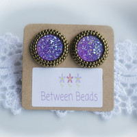 Resin Earrings, Resing Sugar, Stone, Druzy Effect, Earrings Metallic, Embroidery, Large Stud Earrings, Big Stud Earrings, Lilac, Violet