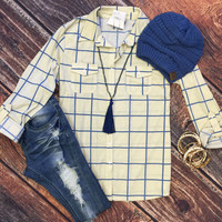Cabin Relaxation Plaid Flannel Top: Ivory/Blue