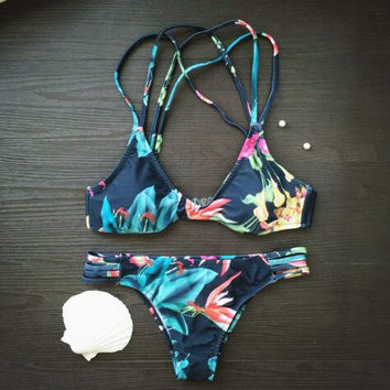 2 Pieces Bikini Set Swimsuit P1013