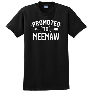 Promoted to meemaw   pregnancy reveal baby shower gift T Shirt