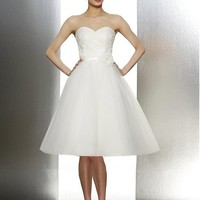 [174.99] Lovely Over Lace & Tulle & Satin A-line Strapless Sweetheart Short Wedding Party Dresses - Dressilyme.com