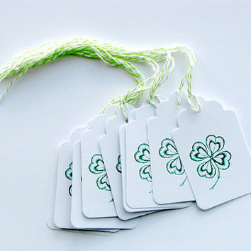 St. Patricks Day - Favor Tags - 4 leaf clover - Gift tags - Clover - Party Tags - Patty's day - paper gift tags - white and green -