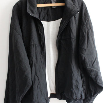 Minimal Black 90s Windbreaker
