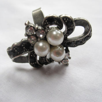 Faux Pearl & Diamante Vintage Art Deco Style Ring - Costume Jewelry - Great Gatsby - Downton Abbey - Expandable Ring - Statement Jewelry
