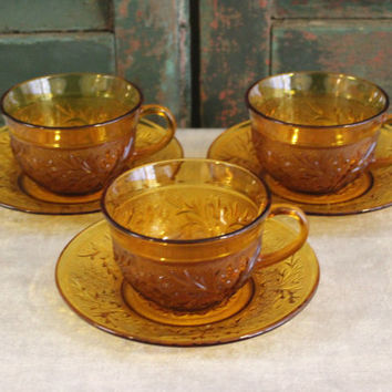 Anchor Hocking Amber Sandwich Pattern Desert Gold cups and saucers (Set of 3), amber dinnerware, amber glass, teacups