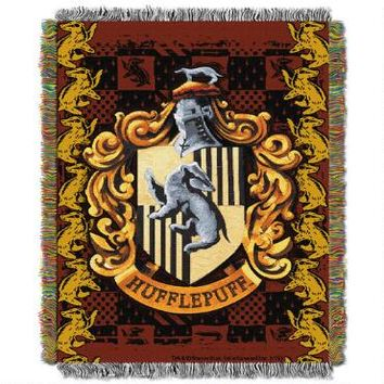 Exclusive Hufflepuff Crest Tapestry Throw | WBshop.com