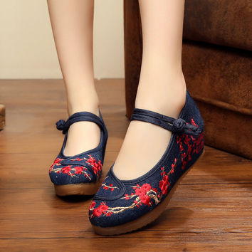 5 cm heel women pumps Chinese ink painting style embroidery of old Beijing lady singles soft canvas shoes plus size 41