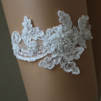 Wedding Garter,White Lace Bridal Garter,Wedding Accessory,Bridal Lingerie,Wedding Lingerie
