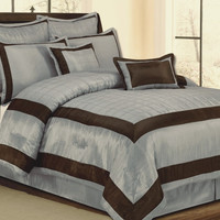 Carol Garden Chocolate/ Blue Queen Comforter Set