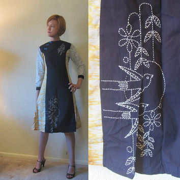 Bird of Paradise - 60s Asian Style Shift Dress with Tye Die & Embroidery. Size S.