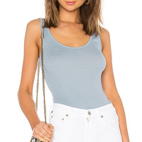 Vince Scoop Neck Tank in Glass
