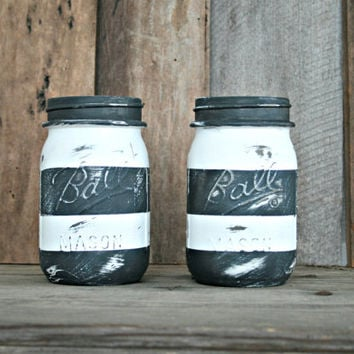 Home and Wedding Decor - Annie Sloan Chalk Paint, Distressed Mason Jar, Vase or Organization