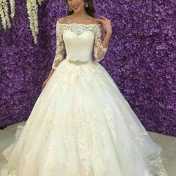2016 Cheap Arabic Wedding Dress Off the Shoulder Appliques Lace A Line Wedding Dress Crystal Sashes Formal Bridal Gowns  WA53
