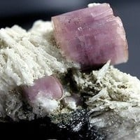 158 gm Top Quality Pink Color Damage Free DT APATITE Crystal on Albite