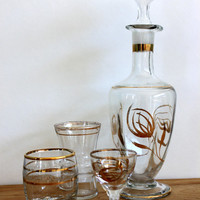 vintage cordial set // decanter and 3 small liqueur / cordial glasses // gold detailing