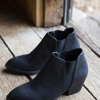 Corbin Ankle Boot, Black | Chinese Laundry