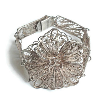 Silver Filigree Floral Bracelet Large Flower Center For Smaller Wrist Vintage