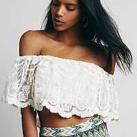 Jen's Pirate Booty Womens Jen's Pirate Booty Lace Off Shoulder Crop