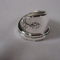 A Spoon Rings Plus Cute Wrapped Spoon ring Exquisite Pattern Size 6 Vintage Spoon and Fork Rings t127