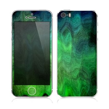 The Vivid Green Sagging Painted Surface Skin for the Apple iPhone 5s