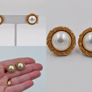 ON SALE Vintage Christian Dior Gold Faux Pearl Clip Earrings, Button Pearl Earrings, Rope, Lovely Classic Style! #b475