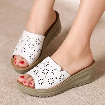 Women Beach Slides Platform Sandals Flat Shoes