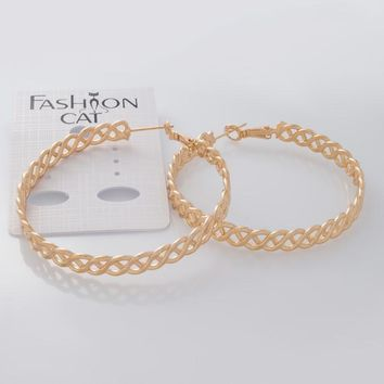Filigree Hoop Earrings in 16k Gold And Rhodium Plated