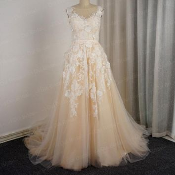 Tulle Neckline Floral Lace Wedding Dresses Appliques Sleeveless A Line Champagne Color Bridal Gown