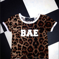 SWEET LORD O'MIGHTY! OG BAE RINGER TEE IN LEOPARD