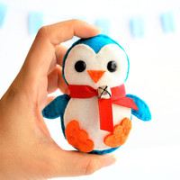 Christmas Ornament Baby Penguin , Eco-friendly Felt Christmas Ornament kids christmas  A137
