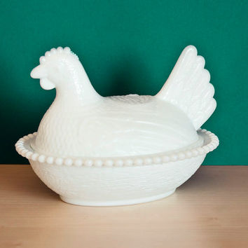 Vintage Indiana Glass Hen on a Nest Trinket Dish, Milk Glass White, Farmhouse Chic